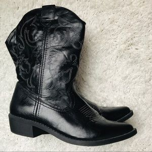So Western Cowgirl Embroidered Boots Size 9